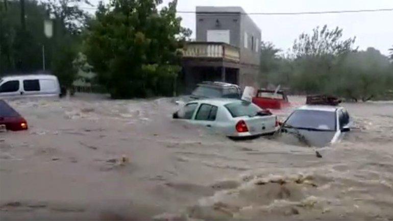 Hay cientos de evacuados en Entre Ríos por violentas tormentas