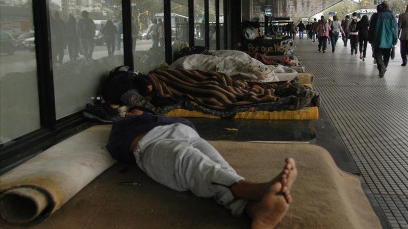 Ciudad de Buenos Aires: A más crisis económica, más personas viviendo en la calle