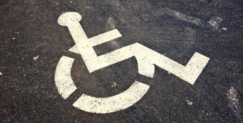 Kiara: Una historia de la desidia argentina sobre las ruedas de su silla